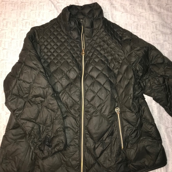 33f551a80a43 Michael kors plus size packable puffer coat. M 5a69644261ca10006e7047fd.  Other Jackets   Coats ...
